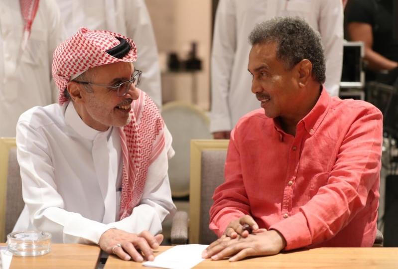 كيف بدأت ليلة بدر بن عبدالمحسن؟