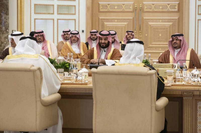 لقطات من وصول واستقبال ولي العهد في أبو ظبي - المواطن