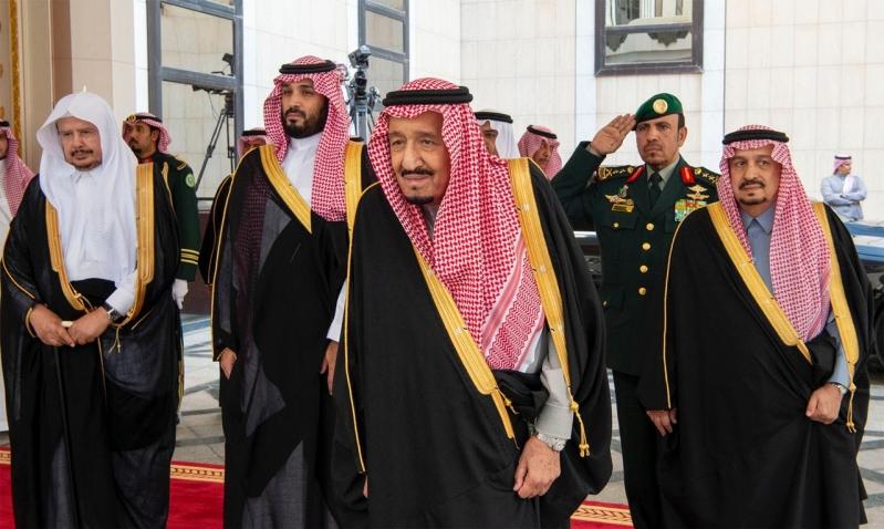 الملك سلمان يصل مجلس الشورى
