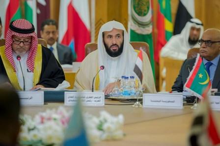 الصمعاني: المملكة سباقة في مكافحة الإرهاب - المواطن