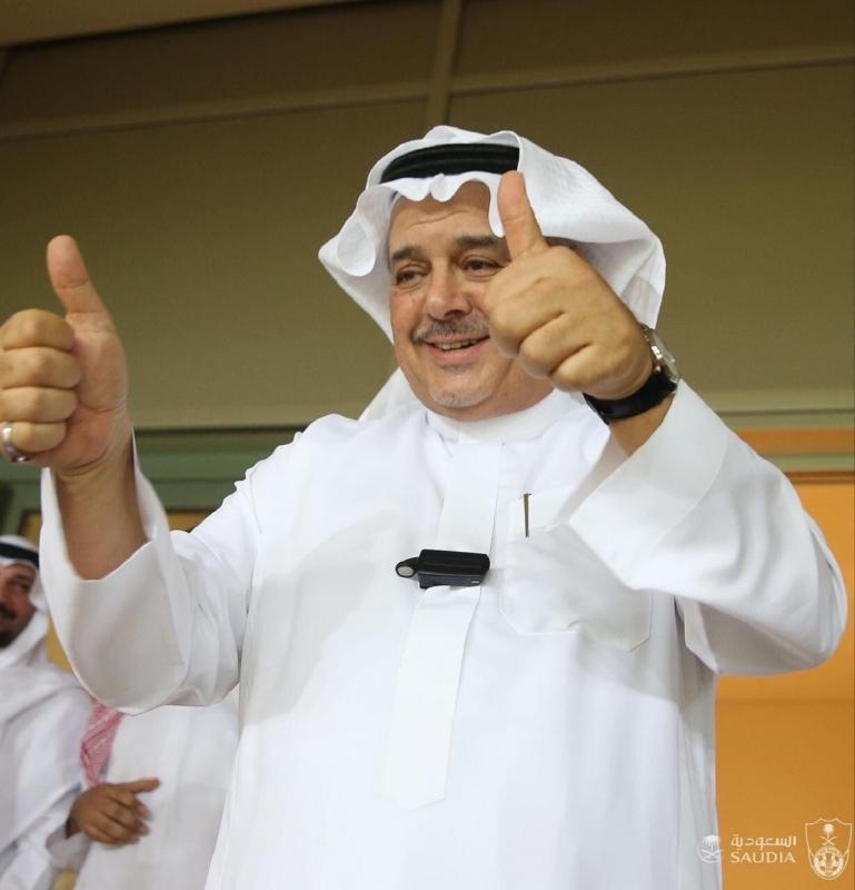 منصور بن مشعل يستقيل من منصبه في الأهلي