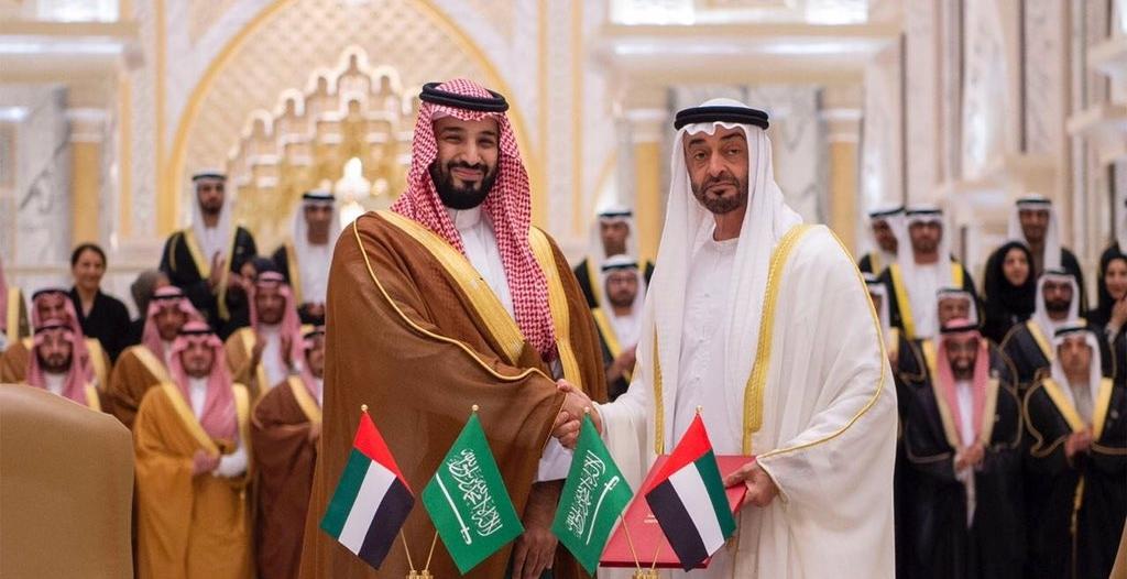 الأمير الملهم صاحب الرؤية الثاقبة.. صحف الإمارات تحتفي بزيارة ولي العهد