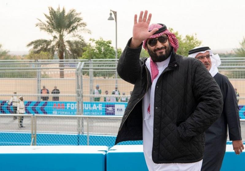 فورين أفيرز تُعدد إنجازات المملكة وتصف محمد بن سلمان ببطل الشباب