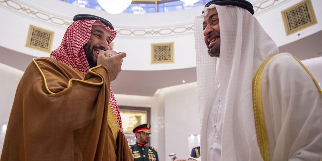 لقطات من وصول واستقبال ولي العهد في أبو ظبي