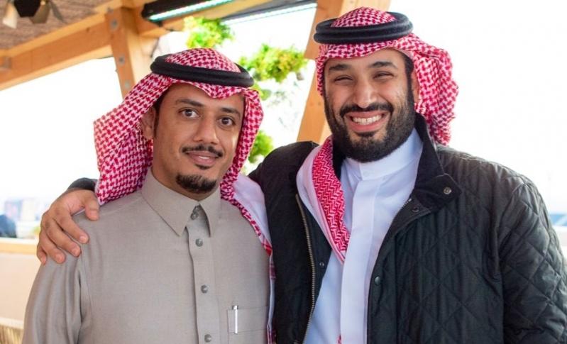 صورة تجمع محمد بن سلمان والجلعود