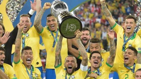 تشكيلة البرازيل لمواجهة الأرجنتين