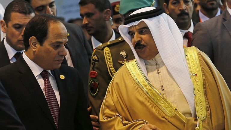 السيسي لملك البحرين: أمن الخليج جزء لا يتجزأ من أمن مصر