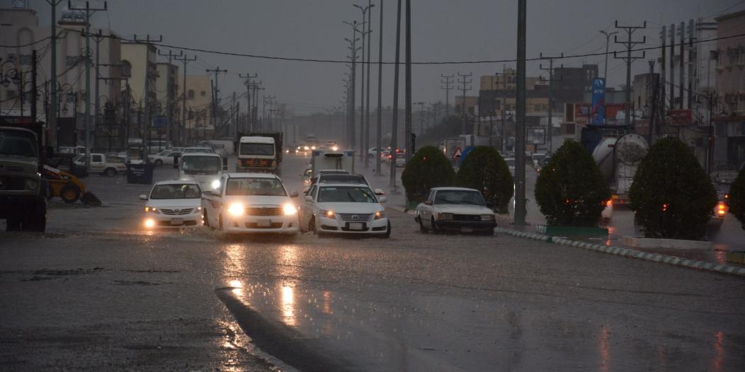 الأرصاد : البرد والسيول يتواصلان على عسير