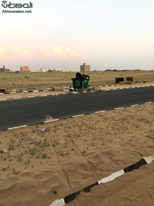 """""""المواطن"""" في إسكان ناوان.. زحف الرمال و الاتصالات معدومة والصكوك لم تسلم للمستفيدين - المواطن"""