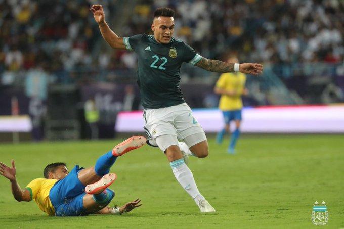 الأرجنتين تُسقط البرازيل وديًّا في الرياض