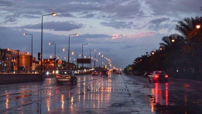 أمطار رعدية اليوم على 4 مناطق مع ضباب