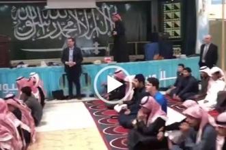 فيديو متداول .. قائد مدرسة يقلص الدوام دعمًا للهلال - المواطن