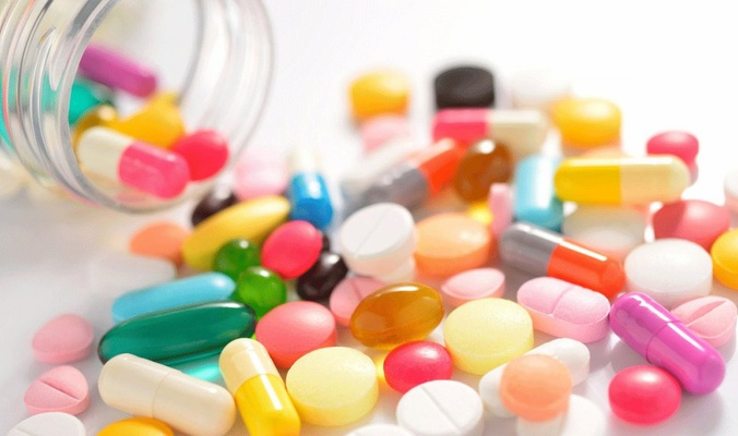 كيف يؤثر لون الدواء على العلاج؟