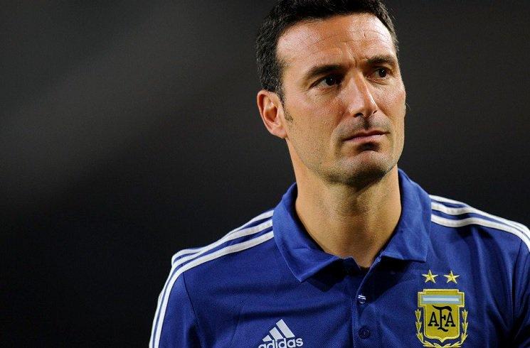 سكالوني: لاعبو الأرجنتين ضحوا بأرواحهم