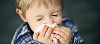 مدينة الملك عبدالله الطبية توضح أفضل الطرق المنزلية لتخفيف نزلات البرد - المواطن