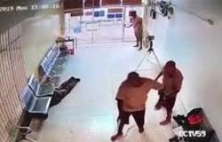 فيديو أشبه بأفلام هوليود.. فرار عصابة محكوم عليها بالإعدام أثناء المحاكمة