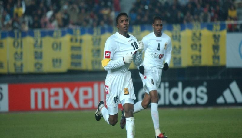 محمد نور لاعب الاتحاد السابق