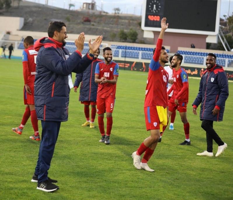 شويل يشيد بأداء لاعبي أبها في كأس الملك سلمان