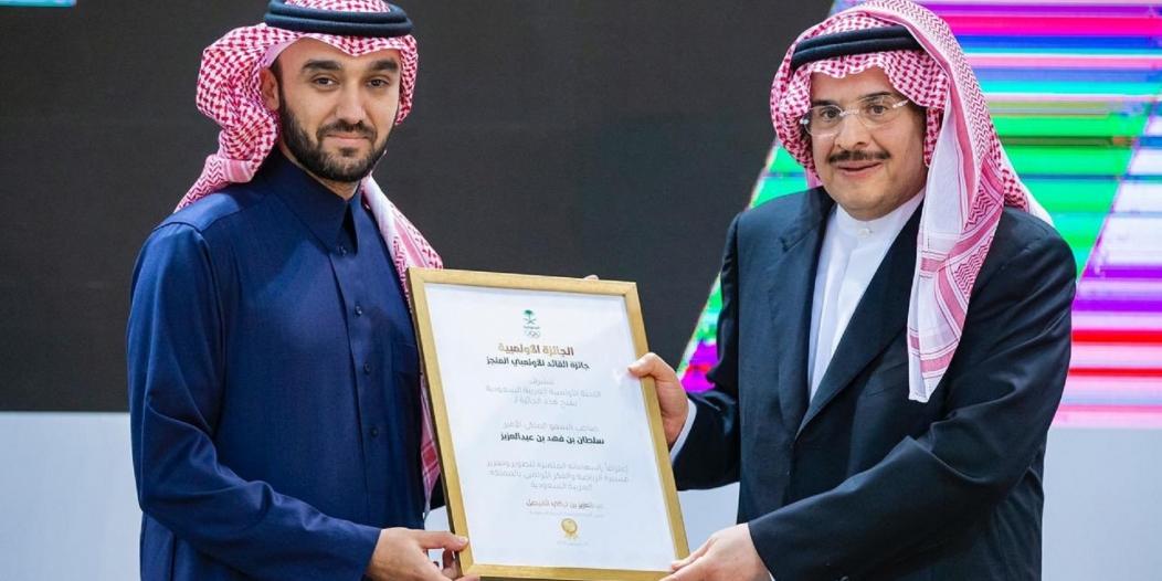 سلطان بن فهد يُعلق على تقليص عدد الأجانب بالدوري