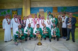 أخضر السلة يصل الرياض بكأس البطولة الخليجية - المواطن
