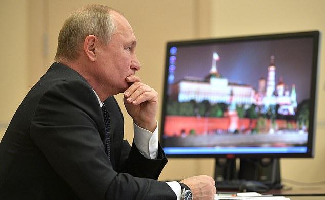 مسؤولون يكشفون مؤامرة جاسوسية من روسيا لنشر الفوضى في أمريكا