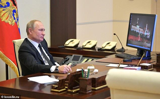 بوتين لا يزال يستخدم ويندوز XP !