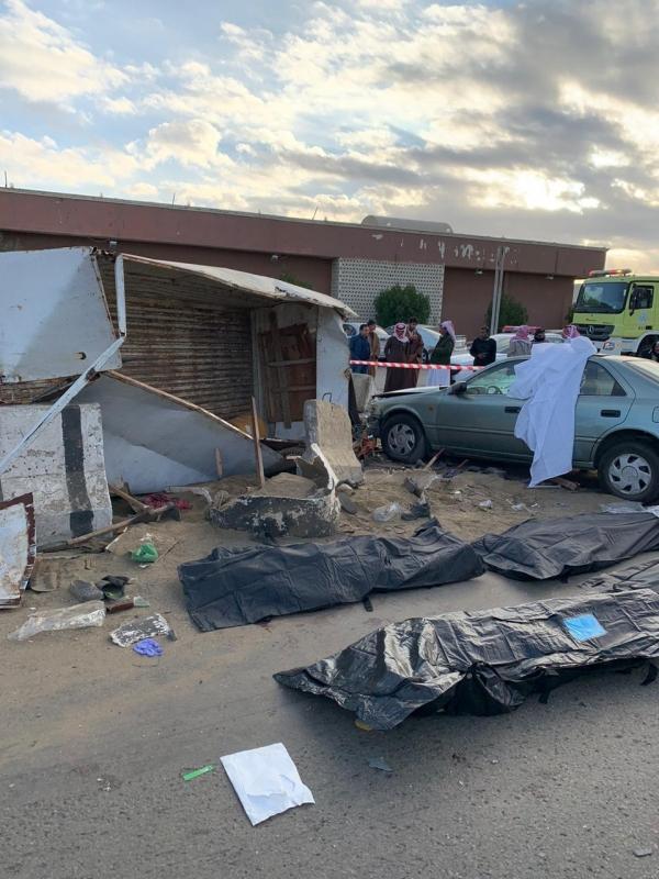 وفاة 4 أشخاص وإصابة 19 في حادث مروري مروع بالطائف