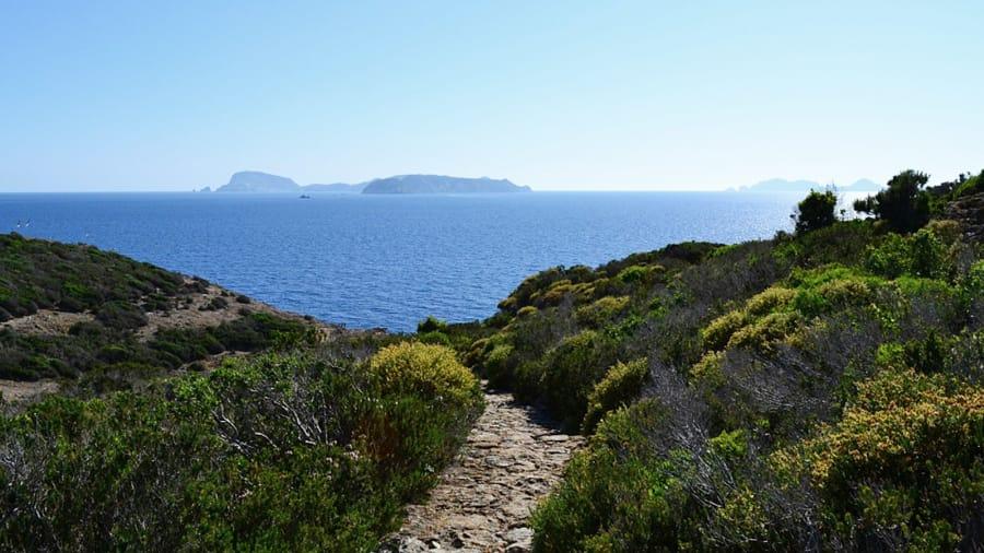 زانون: الجزيرة المحرمة في #إيطاليا