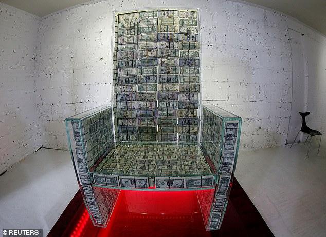 صور..عرش المليون دولار في متحف موسكو