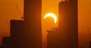 كيف يحدث كسوف الشمس وعلاقته بالأرض والقمر؟