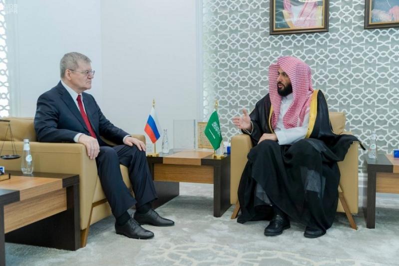 الصمعاني يبحث تعزيز التعاون مع النائب العام الروسي