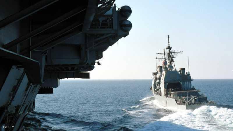 البحرية الأمريكية تصادر أجزاء صواريخ إيرانية مرسلة للحوثيين