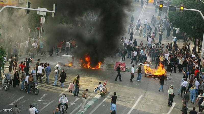 إيران تستبق احتجاجات الخميس بتعطيل خدمة الإنترنت