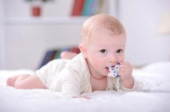 4 نصائح لتحفيز الرضيع على نطق أول كلماته - المواطن