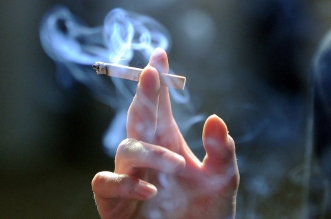 7 طرق لمنع ابنك المراهق من التدخين - المواطن