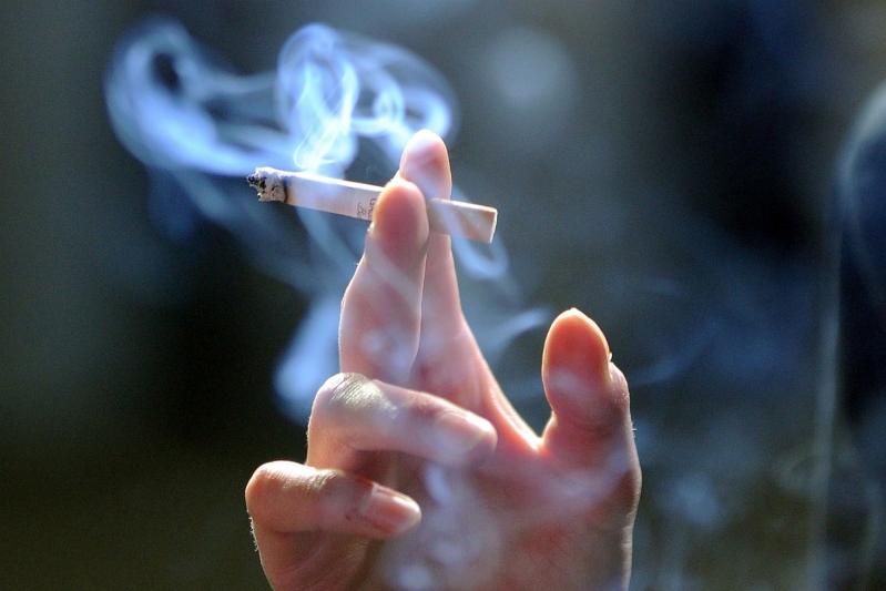 7 طرق لمنع ابنك المراهق من التدخين