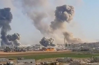 قتلى بغارات مجهولة استهدفت معسكرًا إيرانيًّا في سوريا - المواطن