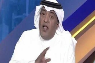 الإعلامي وليد الفراج في إحدى حلقاته بالاستوديو
