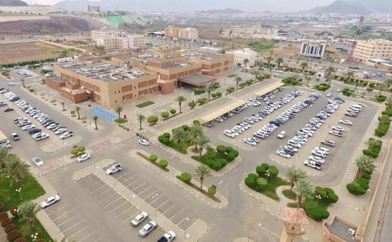 تسمم أكثر من ٤٠ شخصًا في #بحر_أبوسكينة