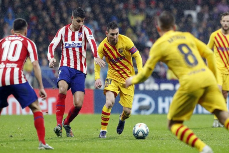 الانتقادات تُطارد فالفيردي بعد مباراة برشلونة وأتلتيكو مدريد