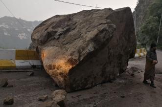 """متضرر من انهيار فيفا لـ""""المواطن"""": الصخور حاصرتنا وعطلت مصالحنا - المواطن"""