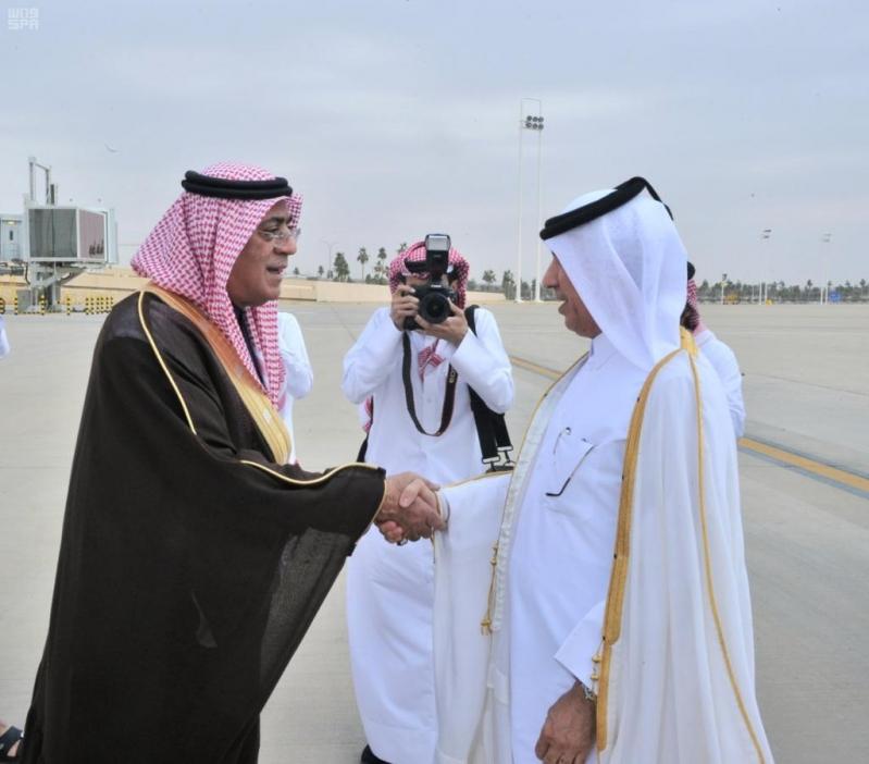 وزراء خارجية التعاون يصلون #الرياض قبيل القمة الخليجية