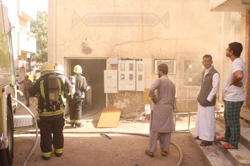 صور.. إصابات في حريق شقة بـ#المدينة_المنورة - المواطن