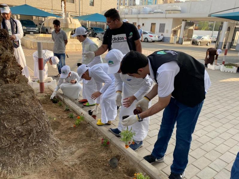 صور.. 16 ألف متطوع يشاركون الأمانات للمحافظة على البيئة