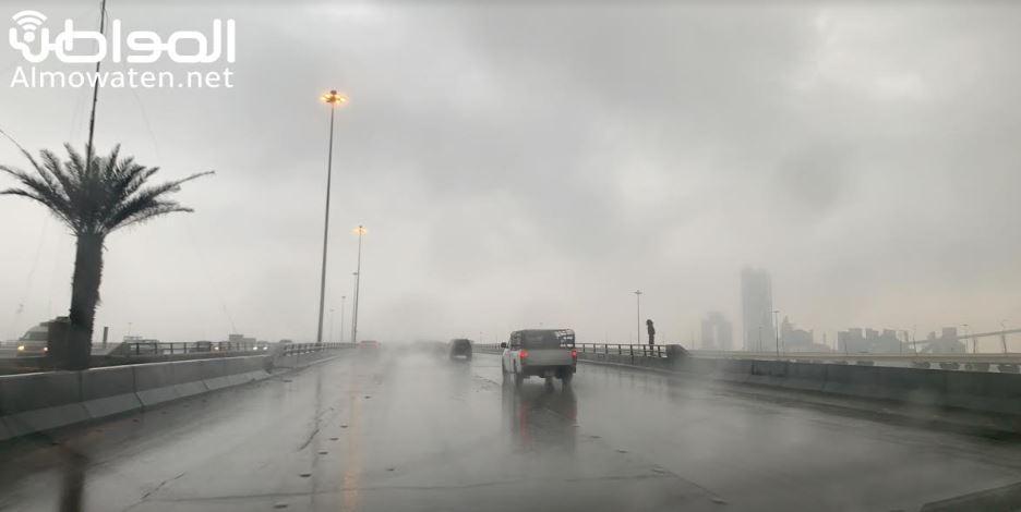 توقعات بطقس غير مستقر حتى نهاية الأسبوع: أمطار وسيول