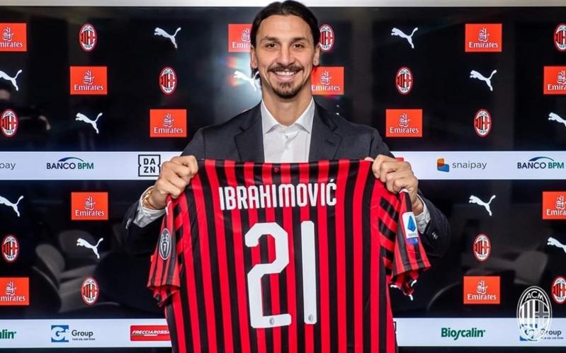 إبراهيموفيتش .. وسر القميص رقم 21 مع ميلان