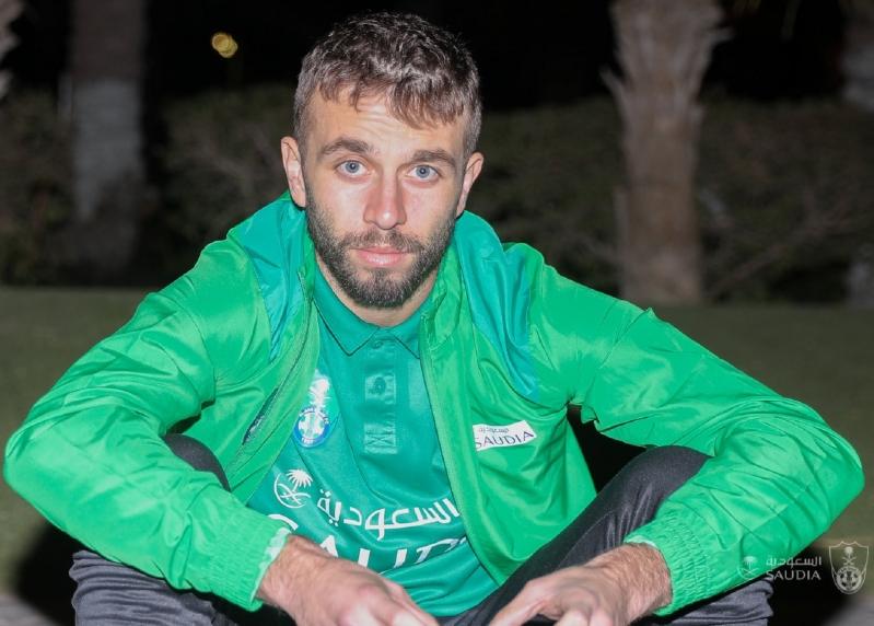 الأهلي يصل الرياض استعدادًا لمواجهته ضد الهلال