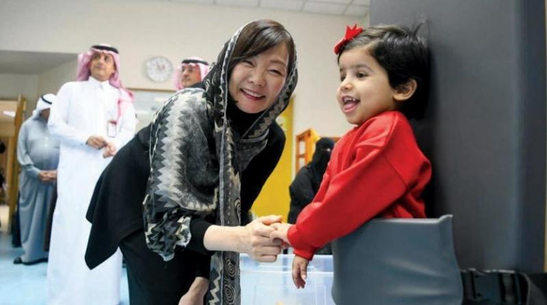 زوجة رئيس الوزراء الياباني تشيد بجمعية DCA السعودية ...
