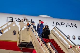 لقطات من وصول رئيس وزراء اليابان إلى العلا 1 2
