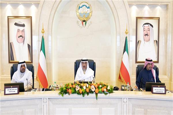 مجلس وزراء الكويت للجهات الحكومية: استعدوا لمواجهة كل الاحتمالات